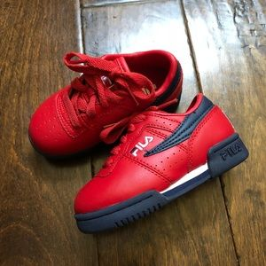Fila Red Low Sneakers 7
